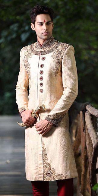 traje de novio hindu