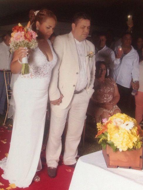 Felizmente casada a Dios la Gloria y honra 1