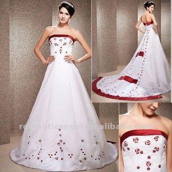 Vestidos de 15 blanco con detalles rojos