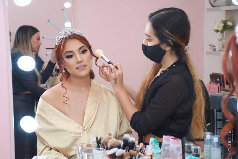 Kavi Makeup