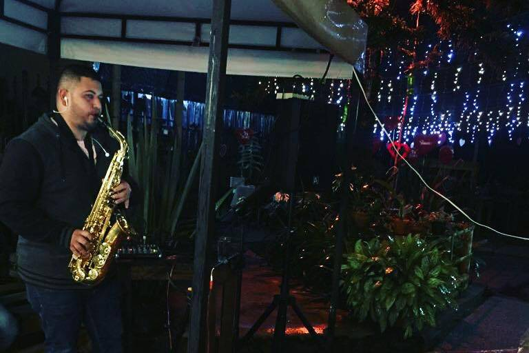 Bryan Alzate Saxofonista