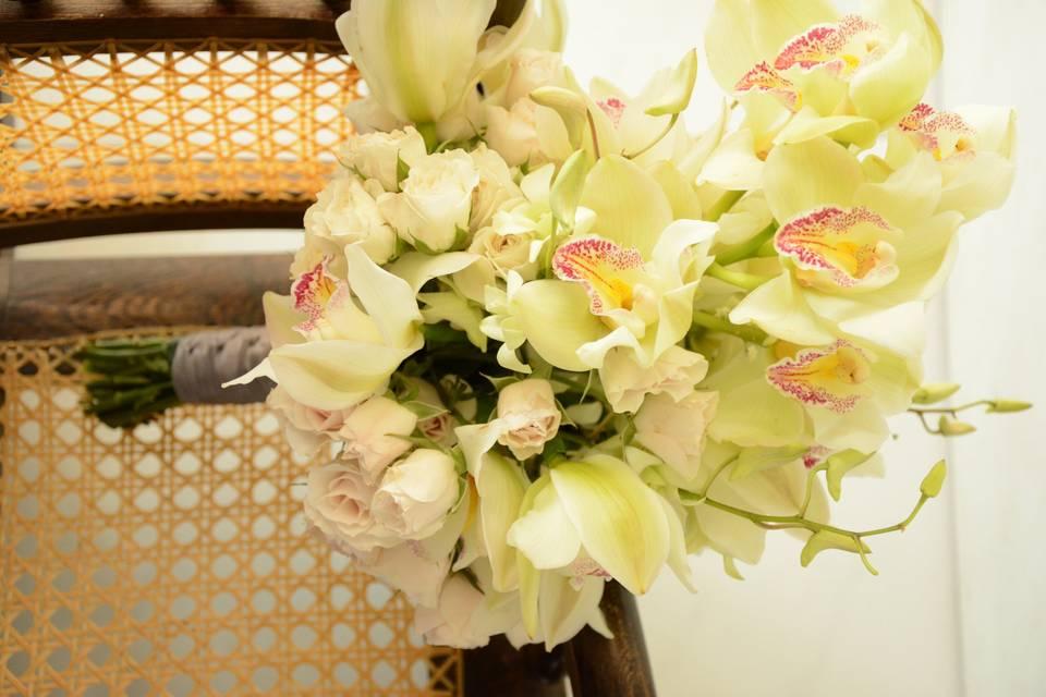 Bouquet de novia con orquídeas