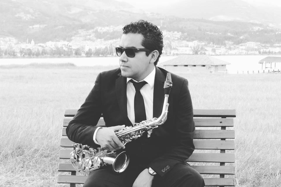 Gregorio Yate - Saxofonista