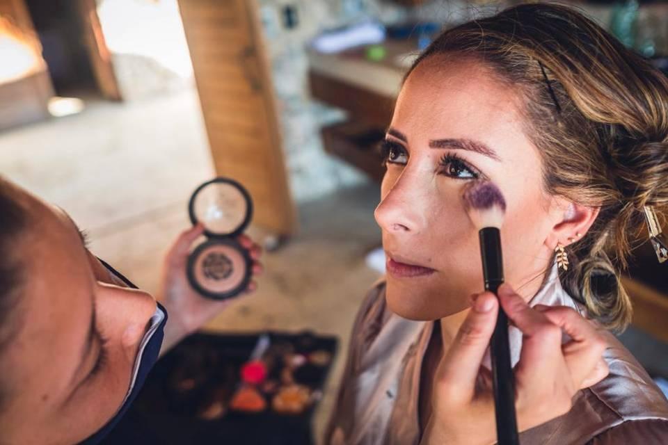 Scarleth Rivera Makeup