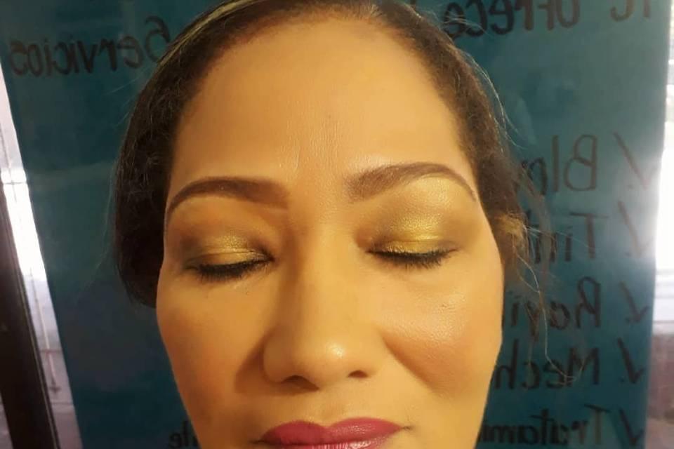 Liceth Vizcaino Maquillaje y Belleza