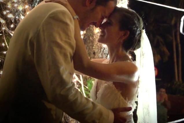 Video Frame Weddings